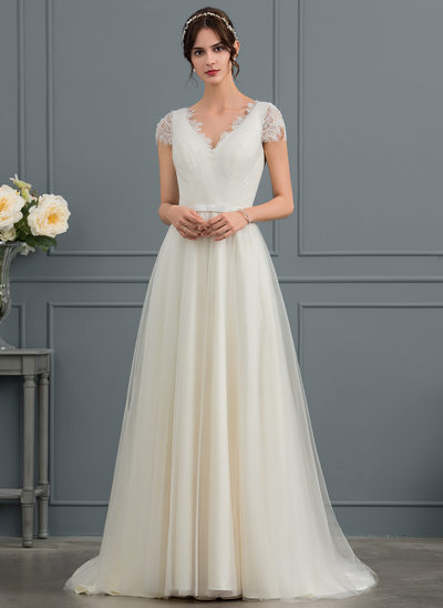 A-Line/Princess V-neck Sweep Train Tulle Wedding Dress With Bow(s)