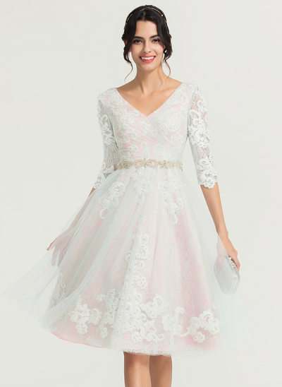 A-Line/Princess V-neck Knee-Length Tulle Cocktail Dress With Beading