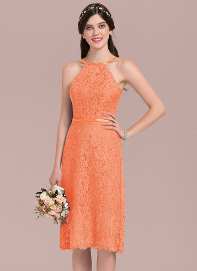 A-Line Scoop Neck Knee-Length Lace Bridesmaid Dress