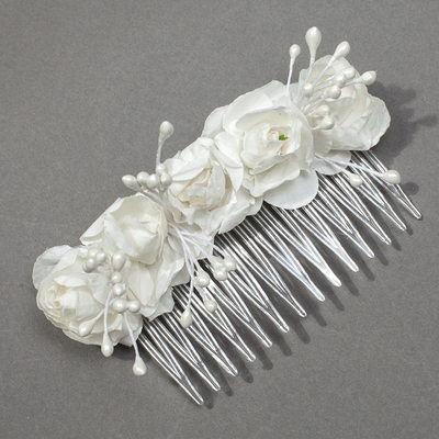 Gorgeous Paper Hair Combs