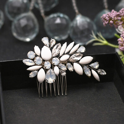 Ladies Gorgeous Rhinestone Combs & Barrettes With Rhinestone (Sold in single piece)