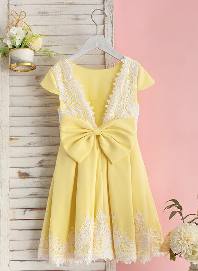 A-Line Knee-length Flower Girl Dress - Charmeuse/Lace Short Sleeves Scoop Neck With Bow(s)