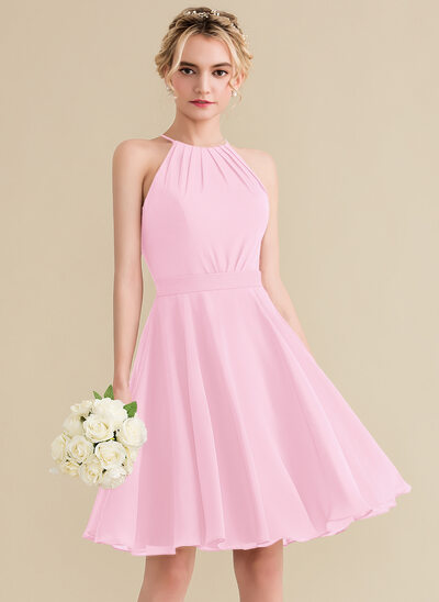 A-Line/Princess Scoop Neck Knee-Length Chiffon Bridesmaid Dress With Ruffle Bow(s)