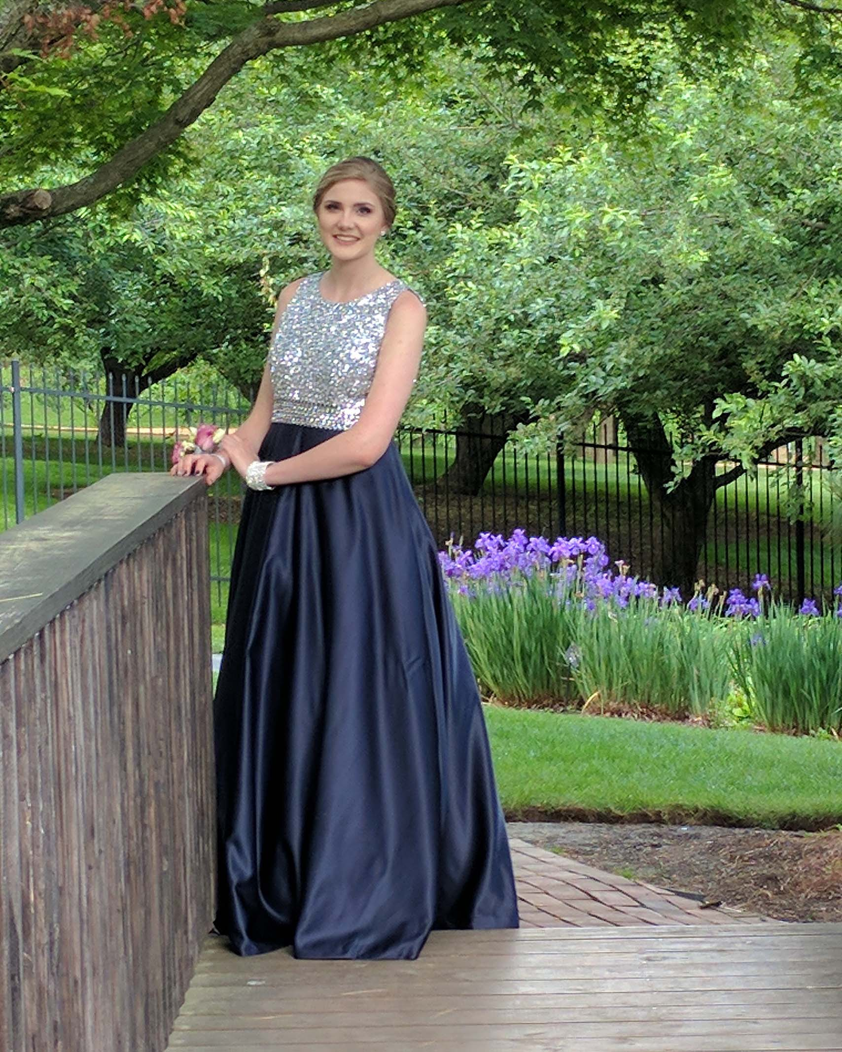 Discount Dresses: Buy Affordable & Cheap Prom Dresses