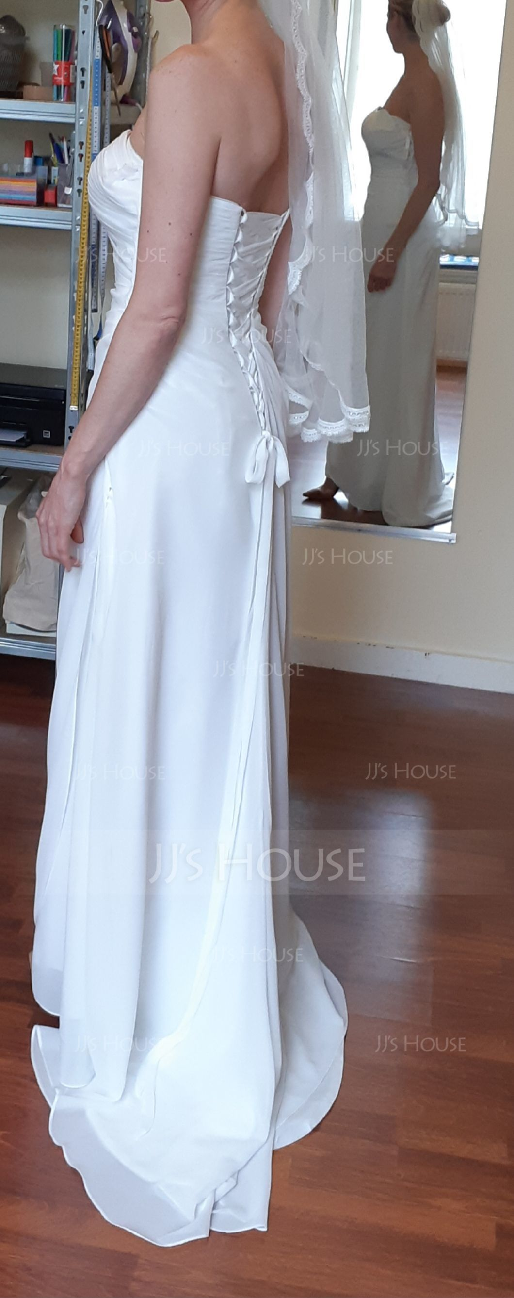 Sheath/Column Sweetheart Sweep Train Chiffon Wedding Dress With Ruffle (002011592)