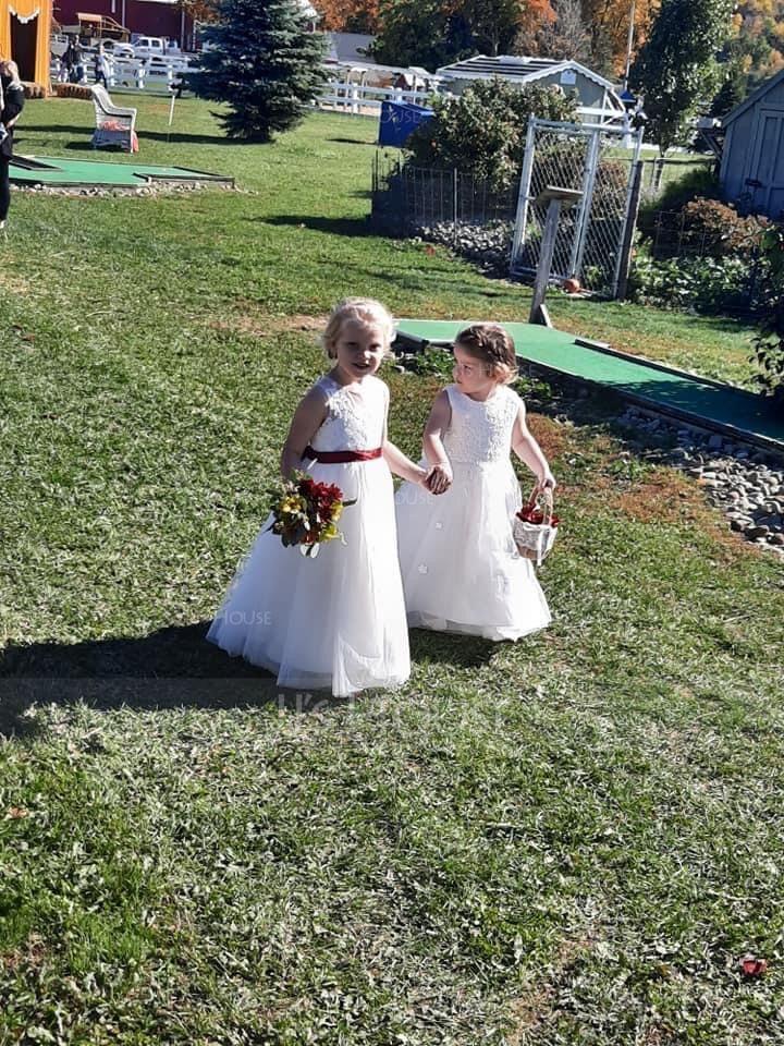 A-Line Scoop Neck Tea-Length Junior Bridesmaid Dress With Bow(s)