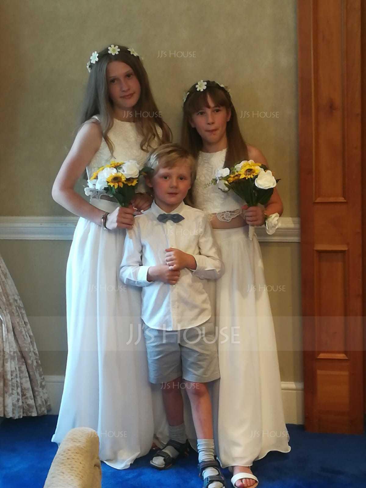 A-Line/Princess Scoop Neck Floor-Length Chiffon Junior Bridesmaid Dress (009130498)